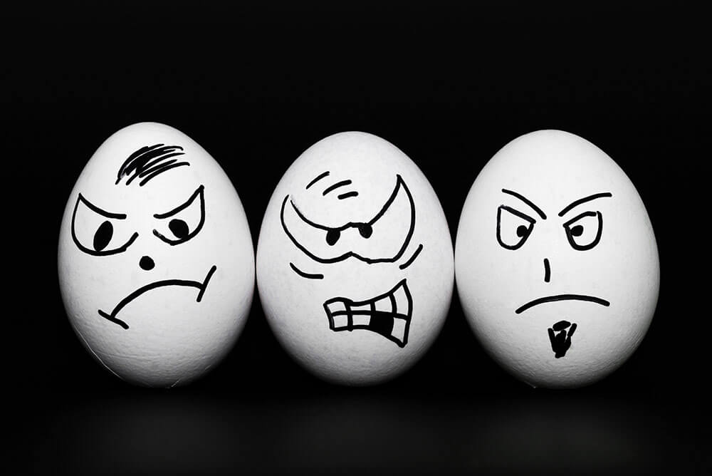 Angry Eggs